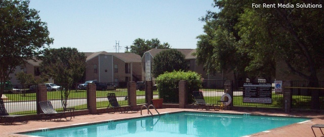 Georgetown Park Apartments, Georgetown, TX, 78628: Photo 17