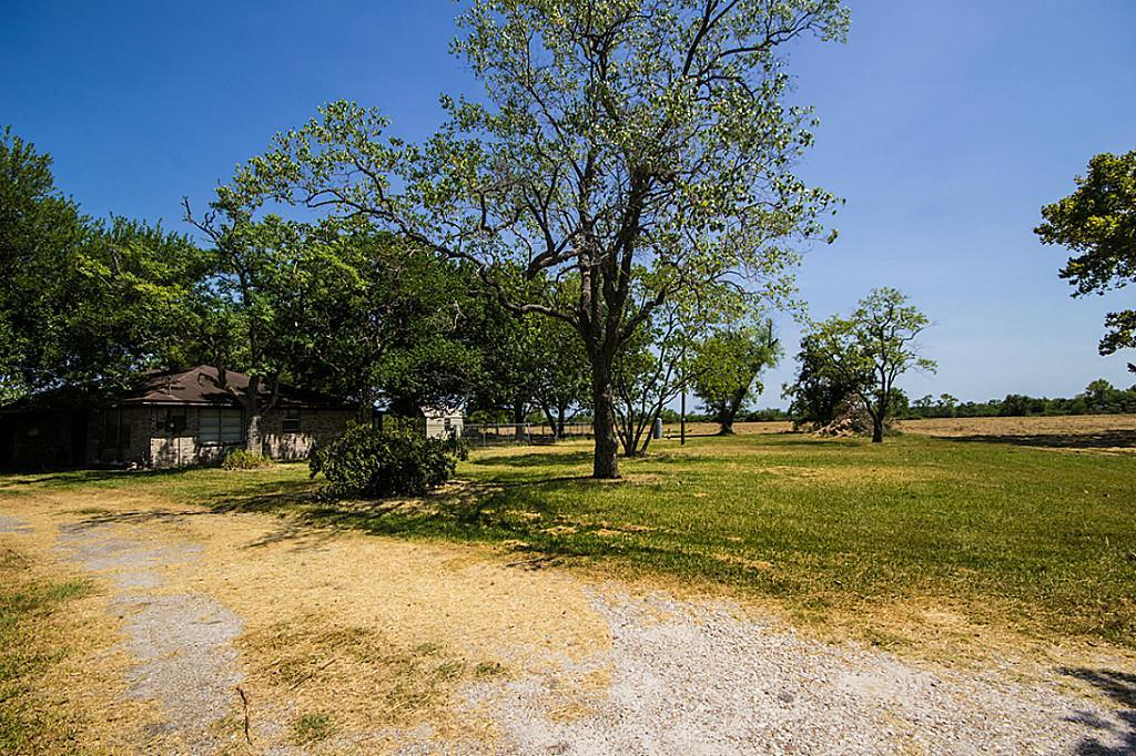 7130 east east fwy baytown tx 77521 for sale for Build on your lot east texas