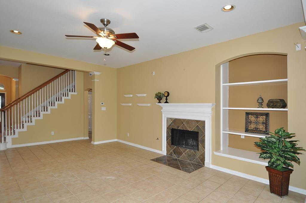 3035 fallbrook dr pearland tx 77584 for sale for Bedroom furniture 77584