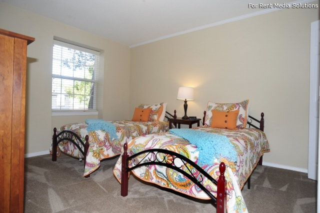 Crown Point Townhomes, Norfolk, VA, 23502: Photo 17