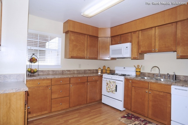 Crown Point Townhomes, Norfolk, VA, 23502: Photo 22
