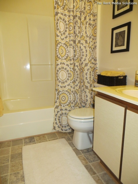 North Beach Apartments, Virginia Beach, VA, 23455: Photo 11