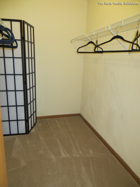 North Beach Apartments, Virginia Beach, VA, 23455: Photo 8