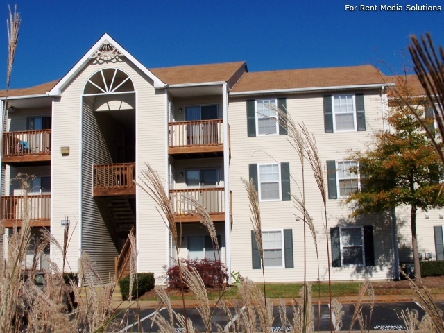 North Beach Apartments, Virginia Beach, VA, 23455: Photo 2