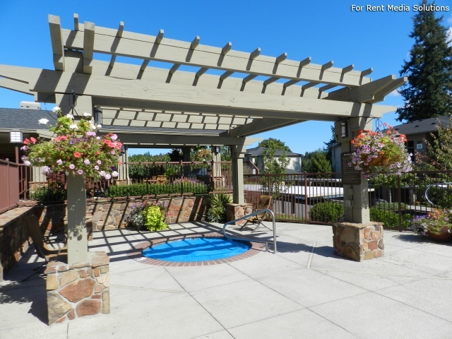 Hawks Ridge, Happy Valley, OR, 97015: Photo 31
