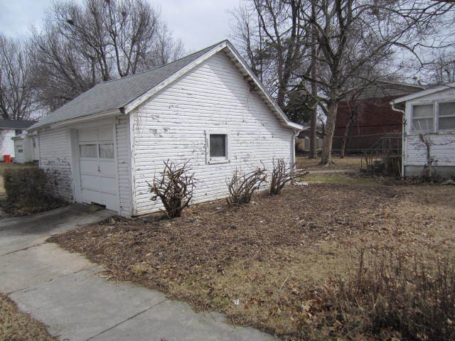 1604 S Campbell Springfield Mo 65807