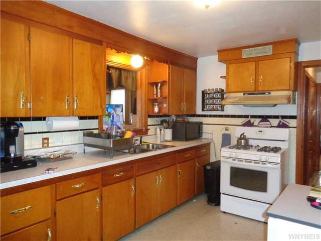 22 iroquois ave cheektowaga ny 14206 for sale