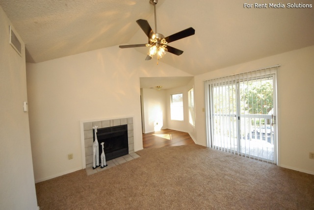Laurel Ridge, Austin, TX, 78727: Photo 6
