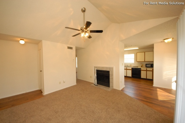Laurel Ridge, Austin, TX, 78727: Photo 16
