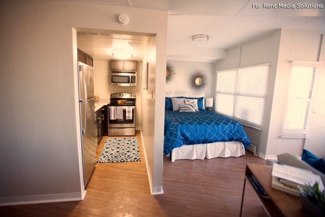 University Club Apartments, Tulsa, OK, 74119: Photo 3