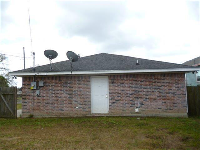 2200 South St Beaumont Tx 77701 For Sale