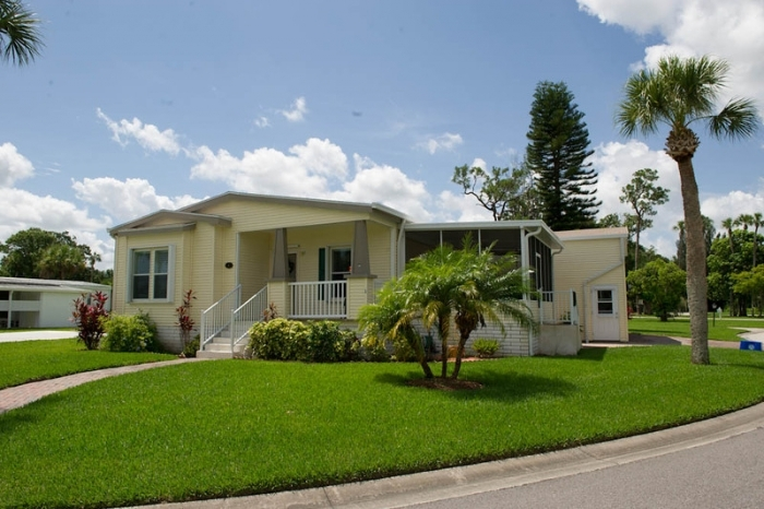 Village Green, Vero Beach, FL, 32966: Photo 1