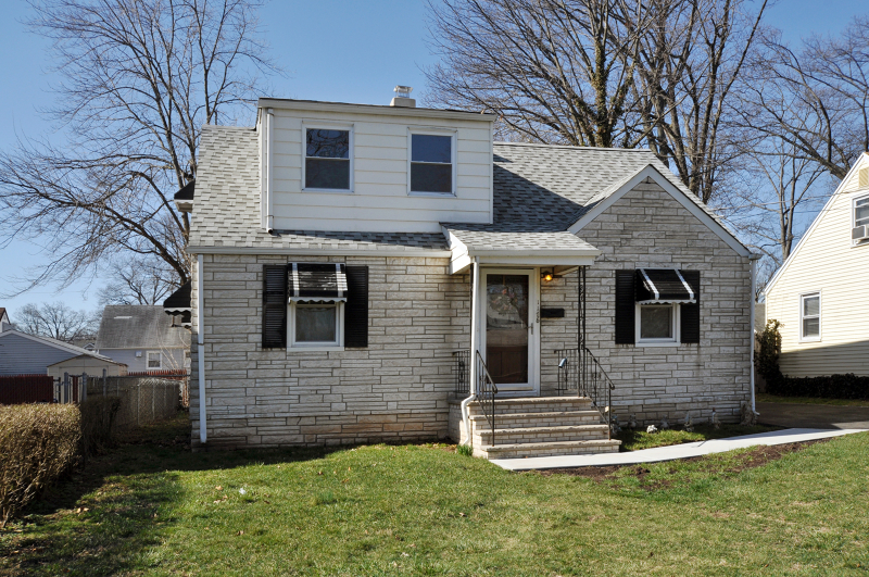 1176 Stone St Rahway NJ 07065 For Sale