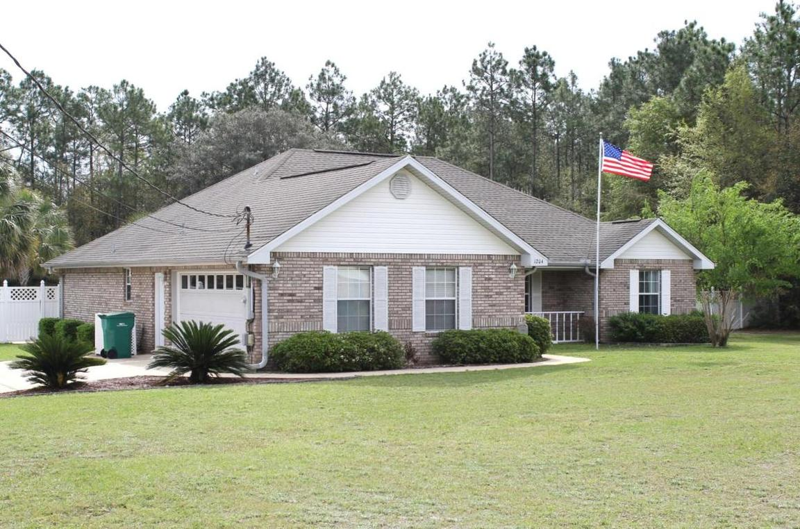 1204 yellowhammer drive crestview fl 32539 for sale