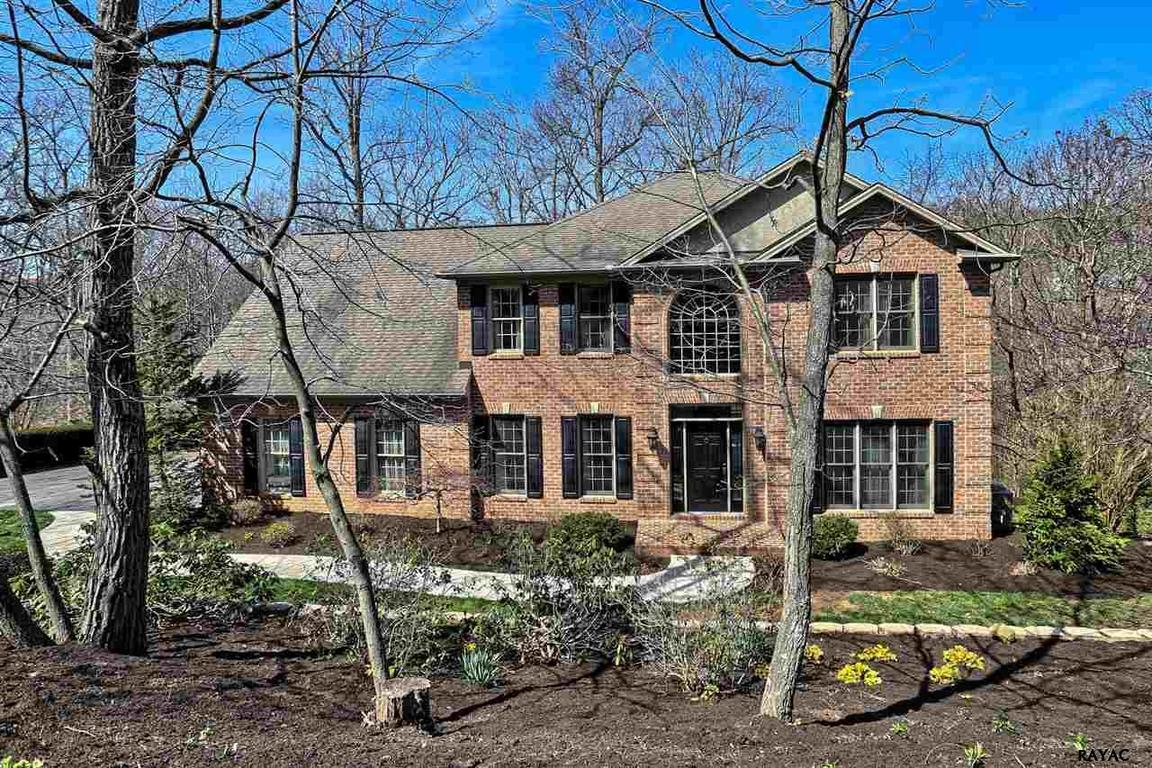 1770 s wyndham drive york pa 17403 for sale for Cabins 1770