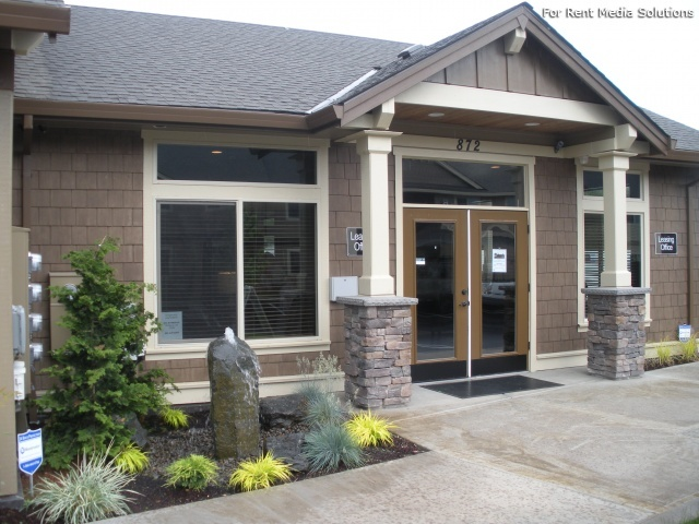 Stoneplace Apartments, Molalla, OR, 97038: Photo 1