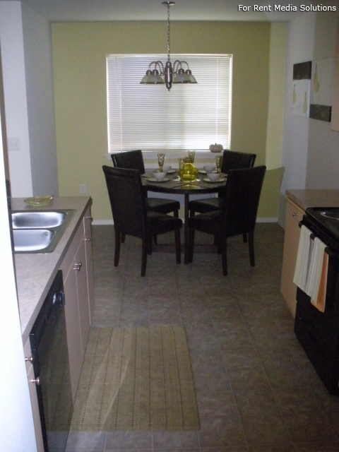 Stoneplace Apartments, Molalla, OR, 97038: Photo 11