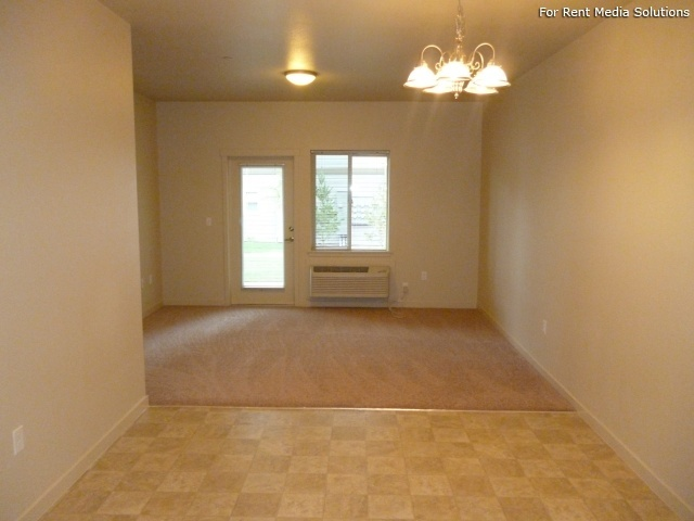Stoneplace Apartments, Molalla, OR, 97038: Photo 27