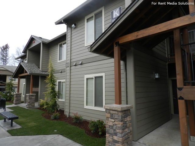 Stoneplace Apartments, Molalla, OR, 97038: Photo 5