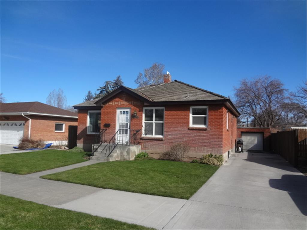 219 E 16th St Idaho Falls Id 83404 For Sale