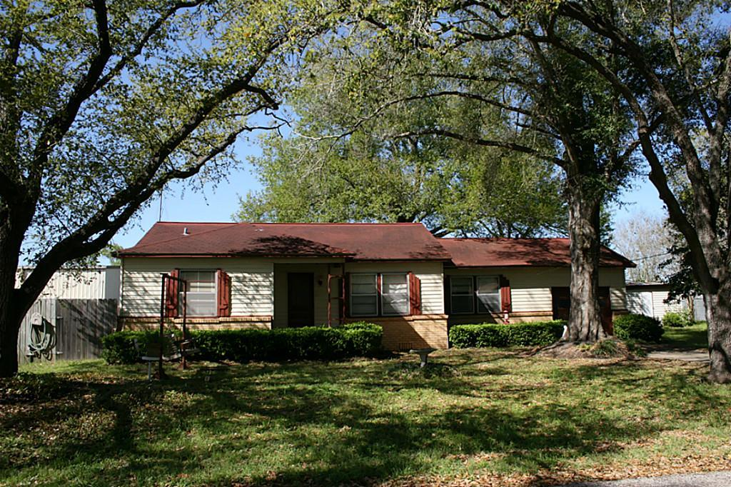 719 roosevelt sealy tx 77474 for sale