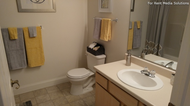 Heron Springs Apartments, Stow, OH, 44224: Photo 11