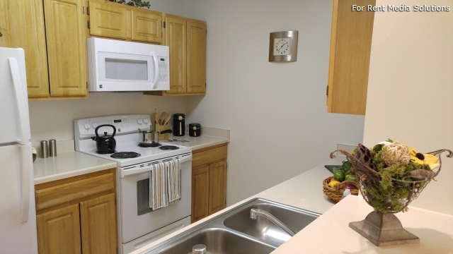 Heron Springs Apartments, Stow, OH, 44224: Photo 18