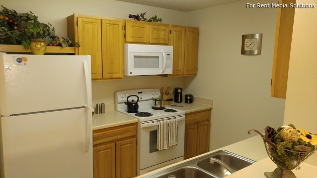 Heron Springs Apartments, Stow, OH, 44224: Photo 32
