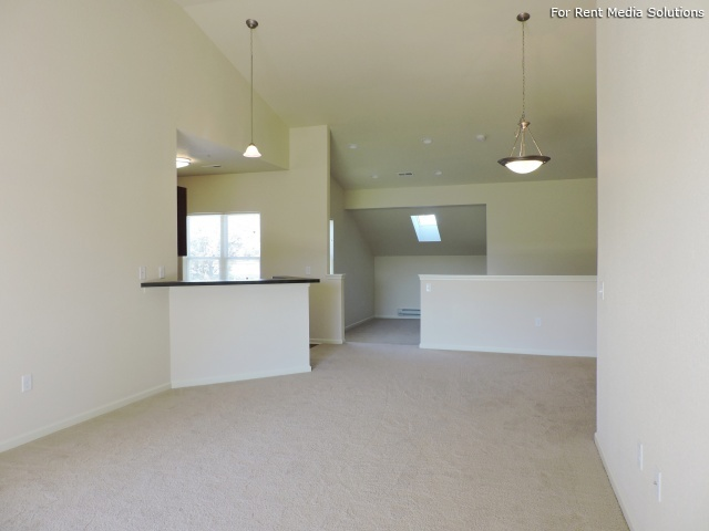 StoneGate Apartments, New Berlin, WI, 53151: Photo 21