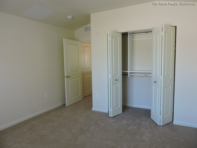 StoneGate Apartments, New Berlin, WI, 53151: Photo 23
