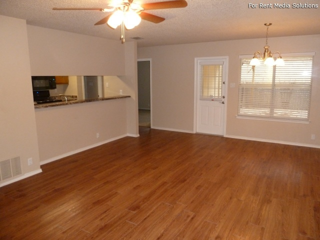Country View Garden Homes, Boerne, TX, 78006: Photo 15