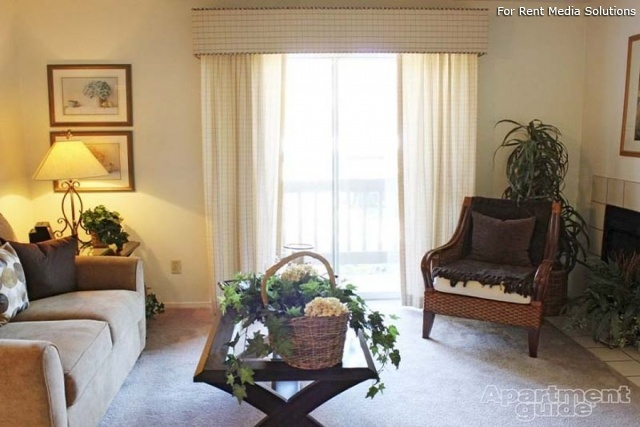 Sombra del Oso Apts, Albuquerque, NM, 87120: Photo 4