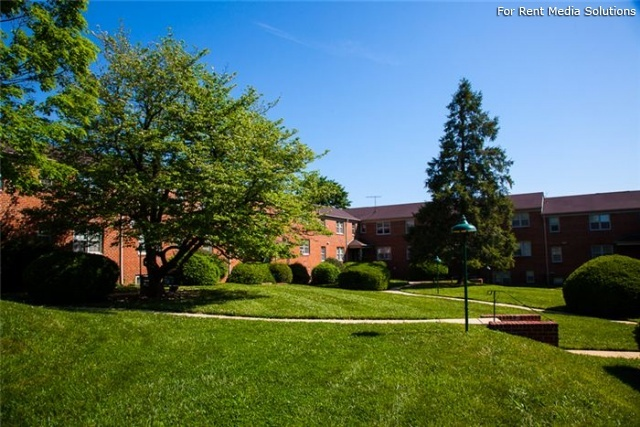 Green Acres Apartments, Baltimore, MD, 21215: Photo 10