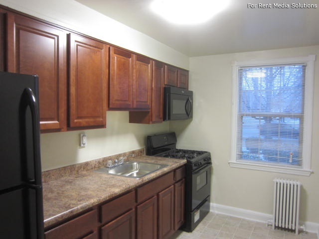 Green Acres Apartments, Baltimore, MD, 21215: Photo 7