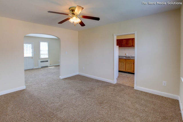 Green Acres Apartments, Baltimore, MD, 21215: Photo 3