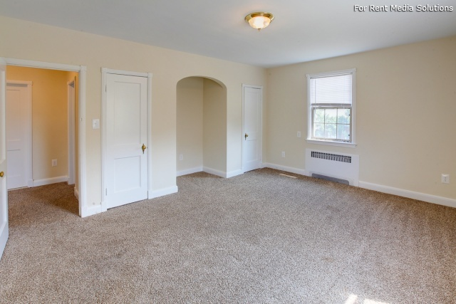 Green Acres Apartments, Baltimore, MD, 21215: Photo 2