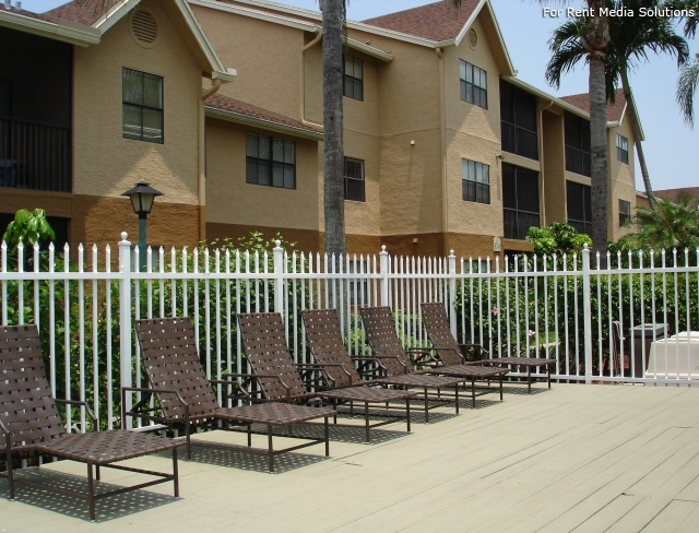 Lakes Of Margate Apartment Homes