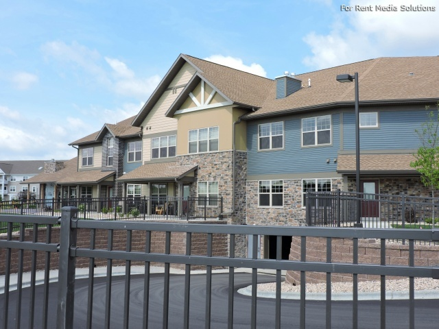 Murray glen townhomes apartments verona wi for 1235 s prairie floor plans