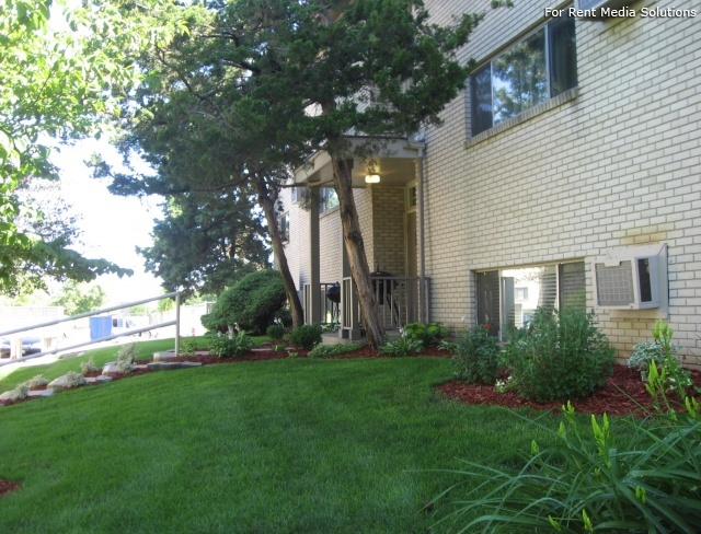 Gramercy park champaign il for Gramercy park apartments for sale