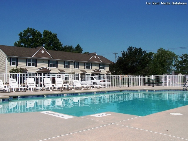 Maplewood Apartments, Chesapeake, VA, 23321: Photo 2