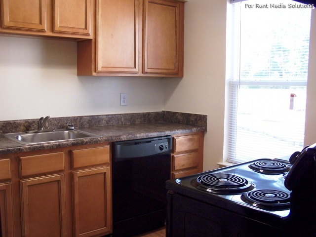 Maplewood Apartments, Chesapeake, VA, 23321: Photo 6