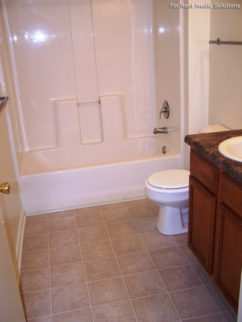 Maplewood Apartments, Chesapeake, VA, 23321: Photo 11