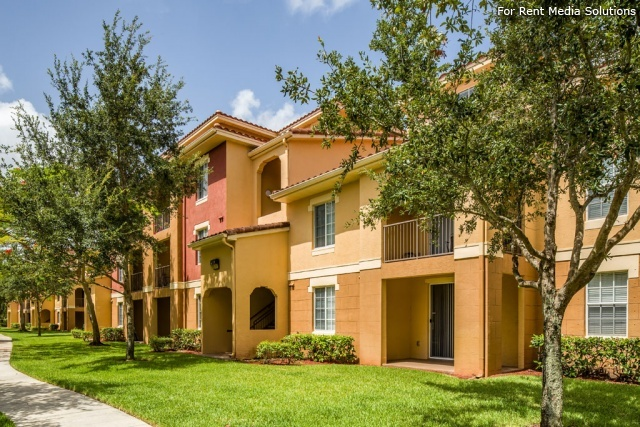Arium Laguna Lakes, West Palm Beach, FL, 33409: Photo 3