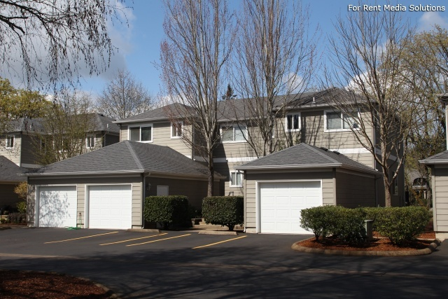 Kentfield Townhomes and Apartments, Eugene, OR, 97401: Photo 3