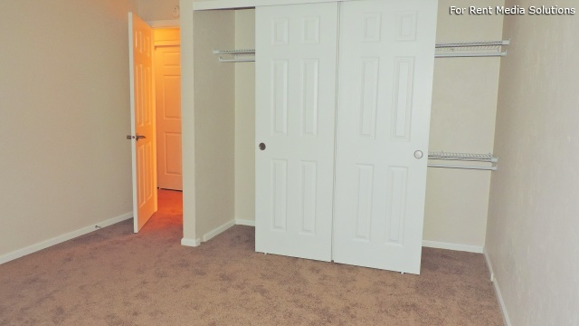 Kentfield Townhomes and Apartments, Eugene, OR, 97401: Photo 41