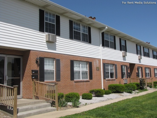 Winthrop Terrace Apartments of Bowling Green, Bowling Green, OH, 43402: Photo 9
