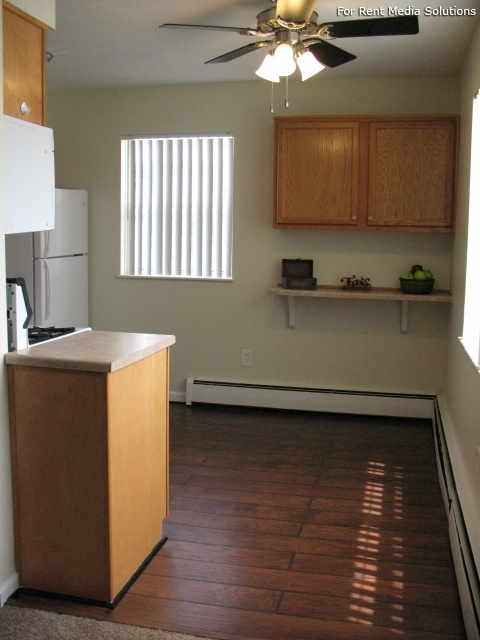 Winthrop Terrace Apartments of Bowling Green, Bowling Green, OH, 43402: Photo 3