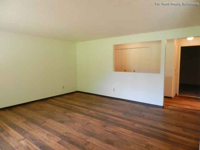 Meadowlawn Apartments, Salem, OR, 97317: Photo 21