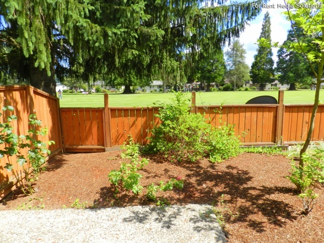 Meadowlawn Apartments, Salem, OR, 97317: Photo 23