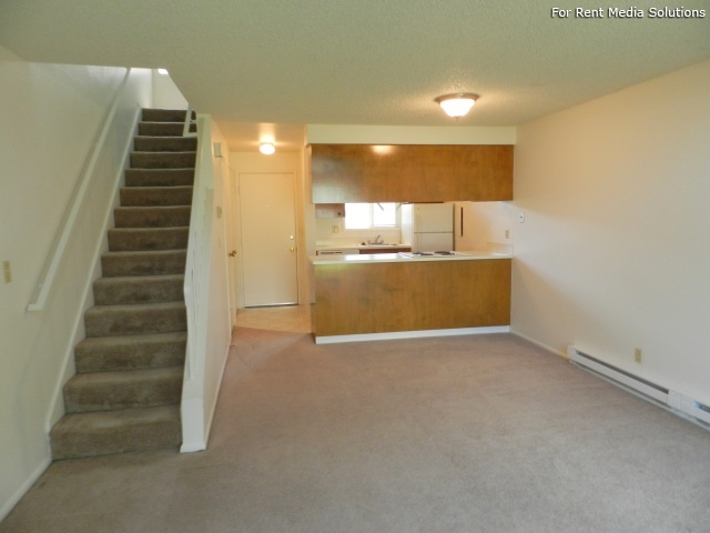 Meadowlawn Apartments, Salem, OR, 97317: Photo 24